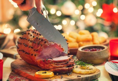 How to glaze a Christmas-Ham-Matt-Moran recipe Honeycombers Singapore