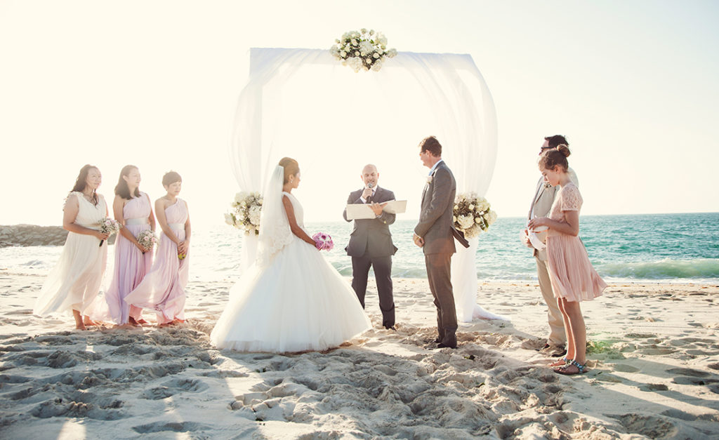 A classy beach wedding in Abu Dhabi. Photo: Goldfish Photography and Video