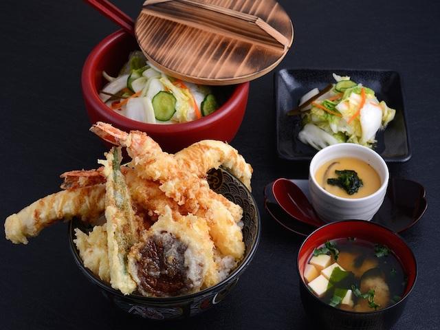 Get tendon tempura rice bowls at Tendon Ginze Itsuki