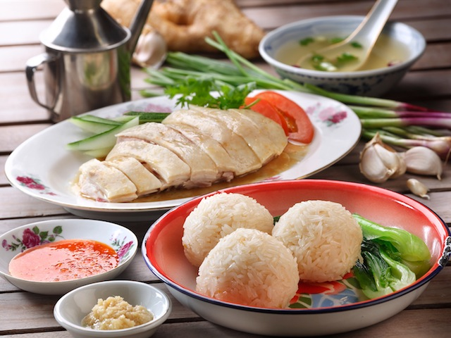 HAINANESE CHICKEN RICE IN SINGAPORE: WHERE TOFIND THE BEST ROASTED AND ...