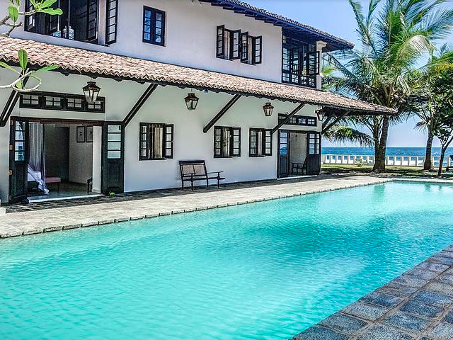 Thalpe House