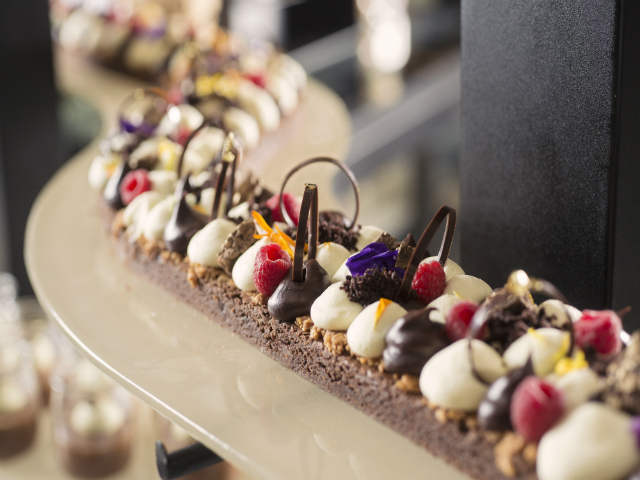 Lazy Lunch - Dessert Selection (2)