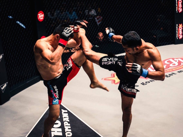 Muay Thai fighters from Evolve MMA