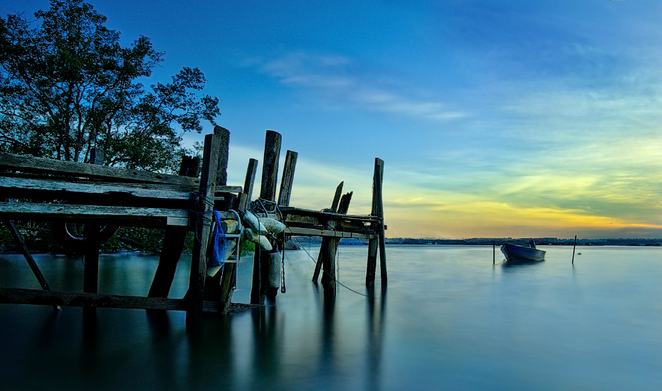 Get away from the hustle & bustle of the city at sleepy Pulau Ubin (Credits: Flickr - Tuper Misc)