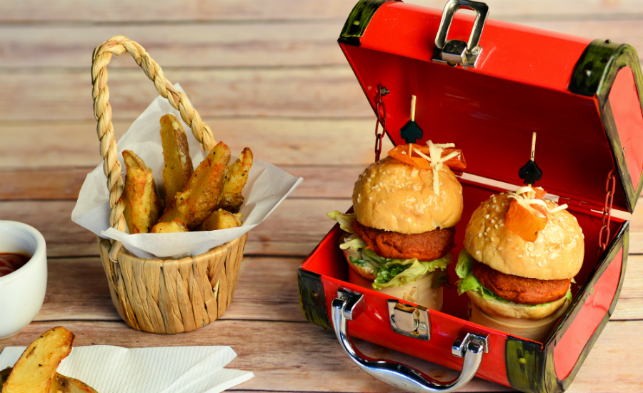 Lunch break just got better with these set lunches at Clarke Quay (Image: Maziga Cafe)