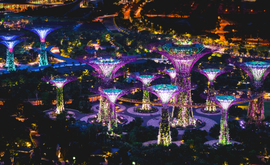 Imagine eating at one of these alien structures! (Credit: Flickr/ Mac Qin)