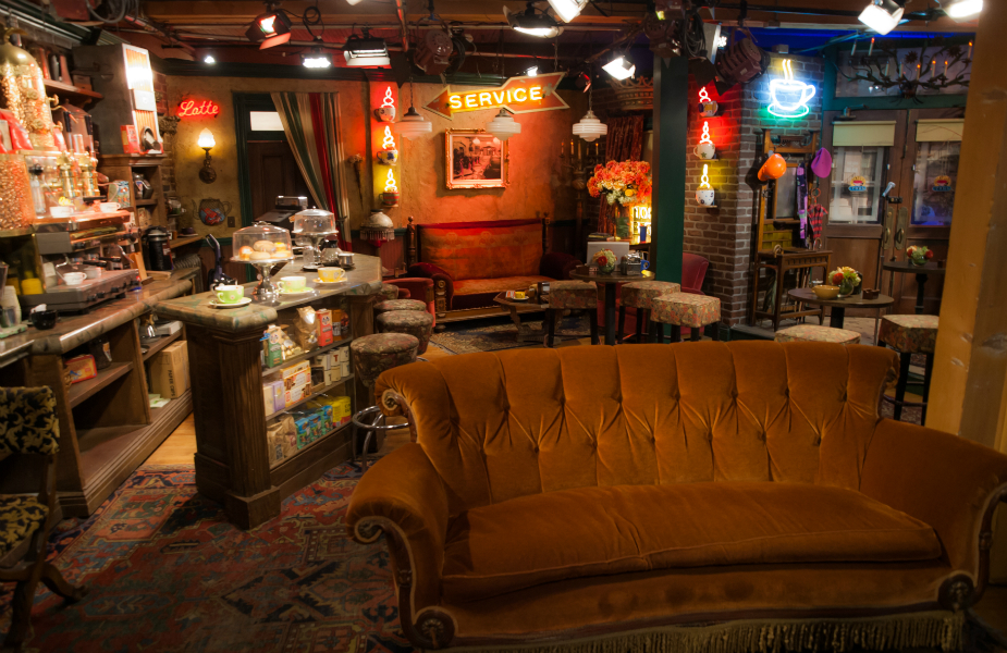 Friends cafe in singapore central perk sg a themed cafe based on the tv comedy set to open - Credot ilot centraal ...