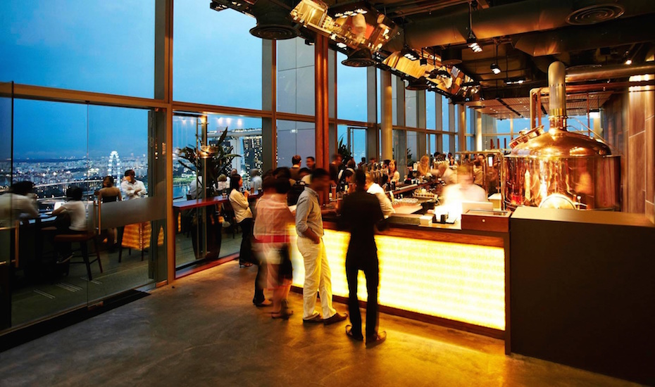 Sky high craft beers at LeVeL33 (via Facebook)
