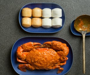 A dinner must-have, the Singapore-style chilli crab is simply delish!