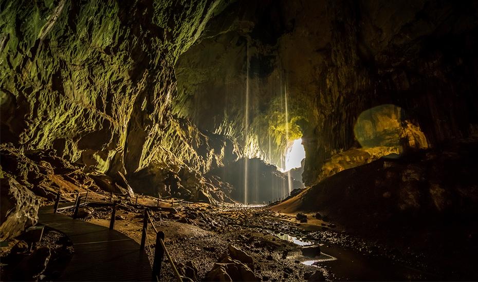 Sarawak Chambers, Gunung Mulu (Credit: Nora Yusuf via Shutterstock)