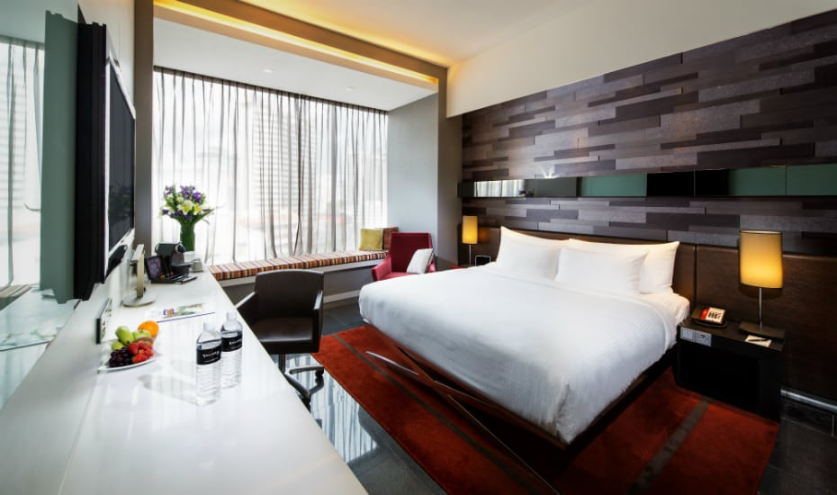 The Quincy Hotel offers a quiet location and comfortable, spacious room