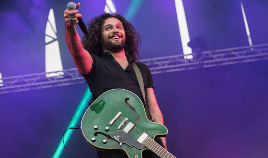 David Le'aupepe from Gang Of Youths was quite the charmer (Credit: Lionel Boon / Laneway Festival Singapore)