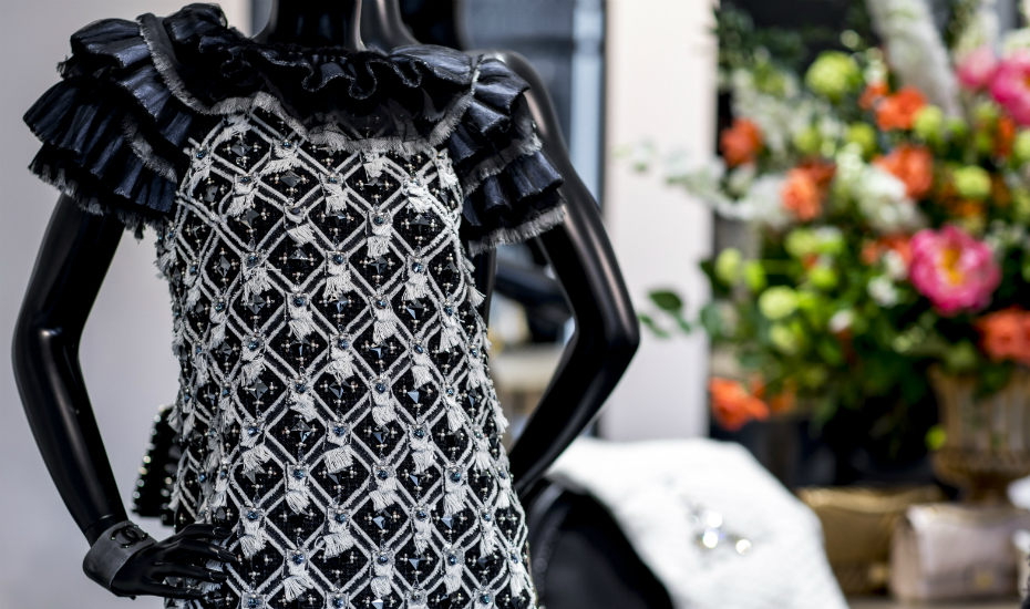 Singapore shopping: Don't miss the Paris Cosmopolite Métiers d'art collections at the Chanel pop-up shop at Marina Bay Sands