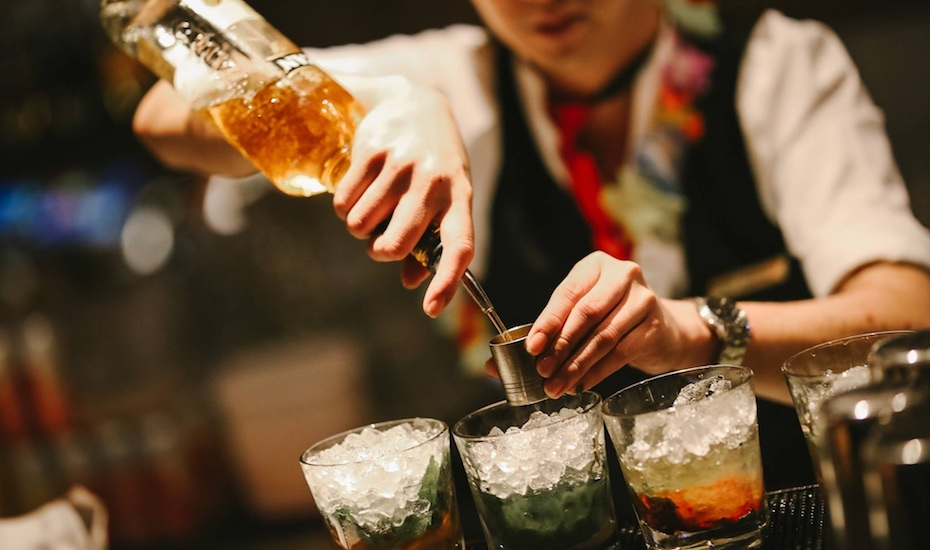 Bars in Orchard Road, Singapore: 7 bars for wine, beer, bespoke cocktails, and more