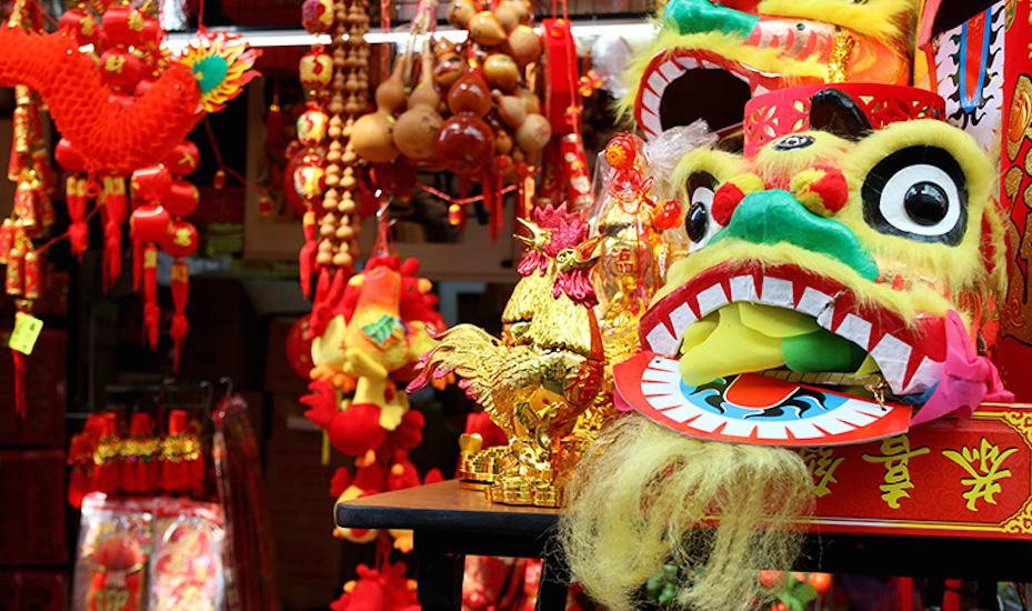 Chinatown Pagoda Street market Singapore Honeycombers photography Darissa Lee