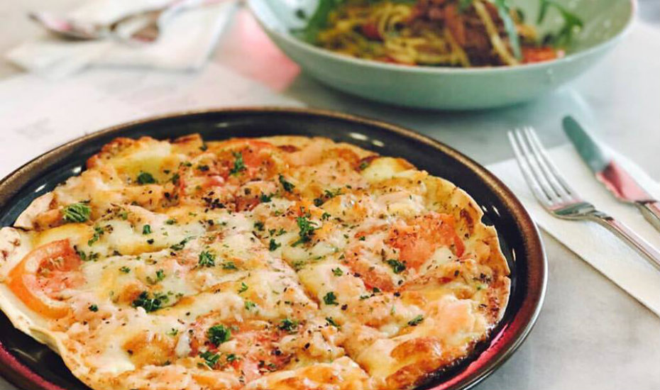 Pizza and pastas available for dinner! (Photography via Shop Wonderland)
