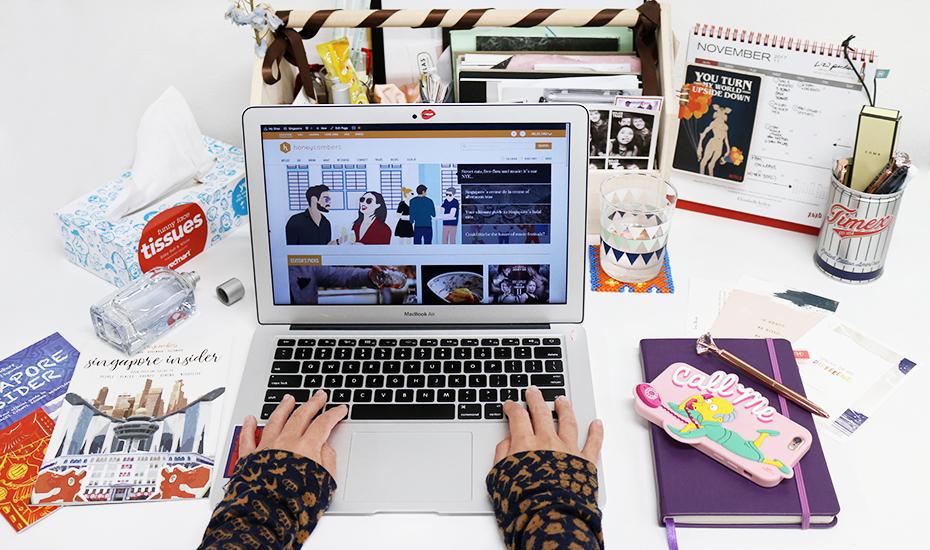 desk-organiser-honeycombers-messy-desk