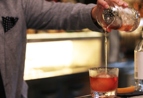 Cocktail lesson with Four Pillars gin how to mix a Negroni Gin and Tonic and Tom Collins Honeycombers Singapore