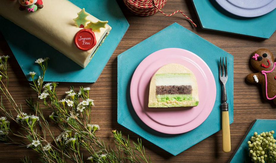 Check out the layers of the Chendol Yule Log (Photography via Baba Chews)