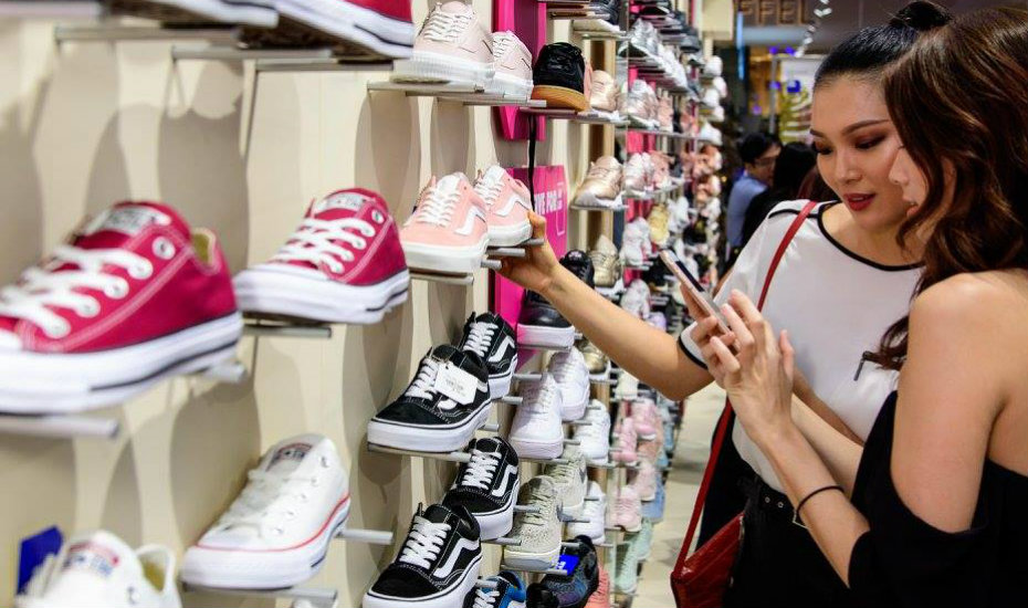 new-stores-markets-pop-ups-aw-lab-hero