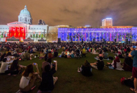 light-to-night-festival-national-gallery-singapore
