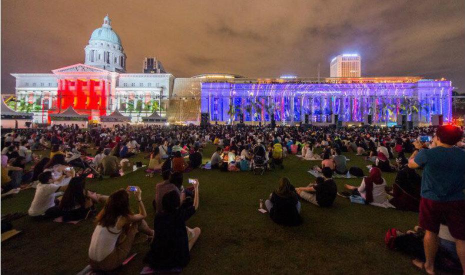 light-to-night-festival-national-gallery-singapore