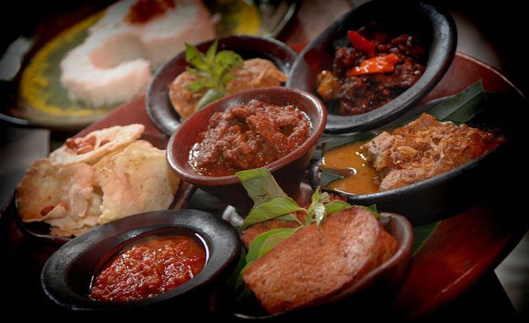Sambal platter at Lara Djonggrang. Photo Credit: Lara Djonggrang