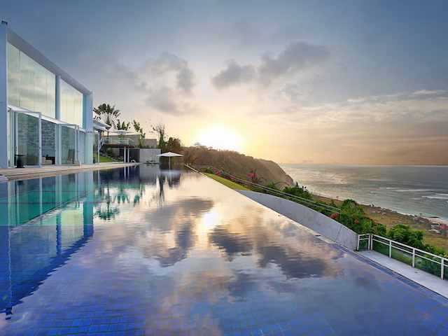 Live it up like a Hollywood A-lister at Villa Latitude, Bali