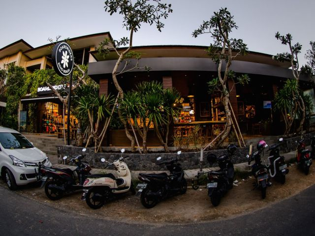 New in Canggu: The Boardriders Cafe