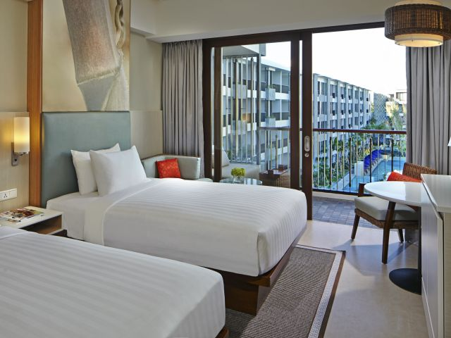 Seminyak hotel deal:  Courtyard by Marriott Bali