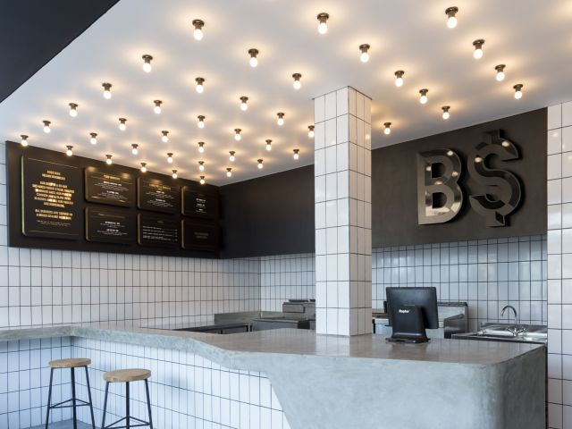 Burgers in Bali:  BO$$ Man