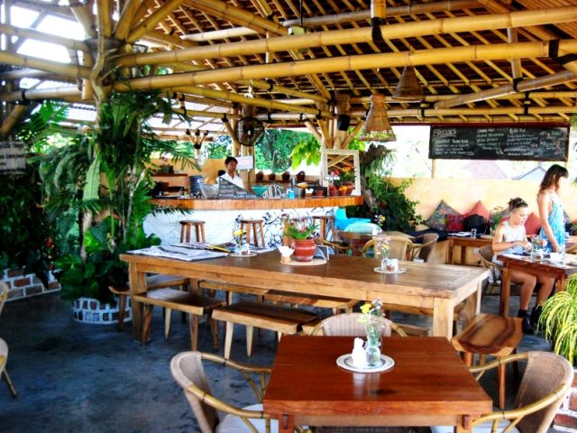 New cafes in Bali: Shelter