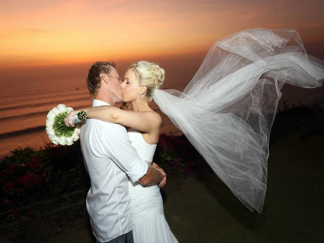 Wedding hair make up in Bali: Glo