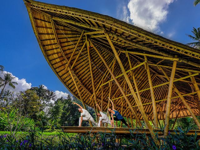 Full Moon Yoga in Bali: Four Seasons Sayan