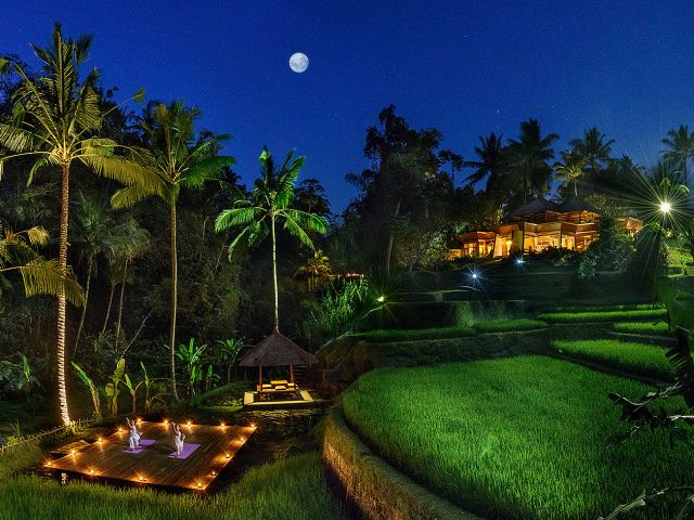 Full Moon Yoga in Bali: Four Seasons Sayan