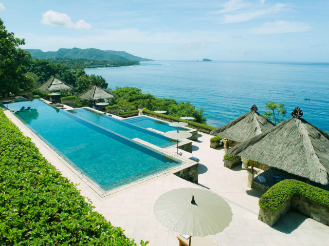 Bali 39 s best infinity pools for Pool design bali