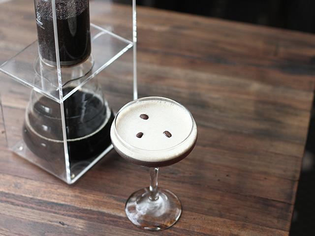 Cocktails in Bali: Hanks