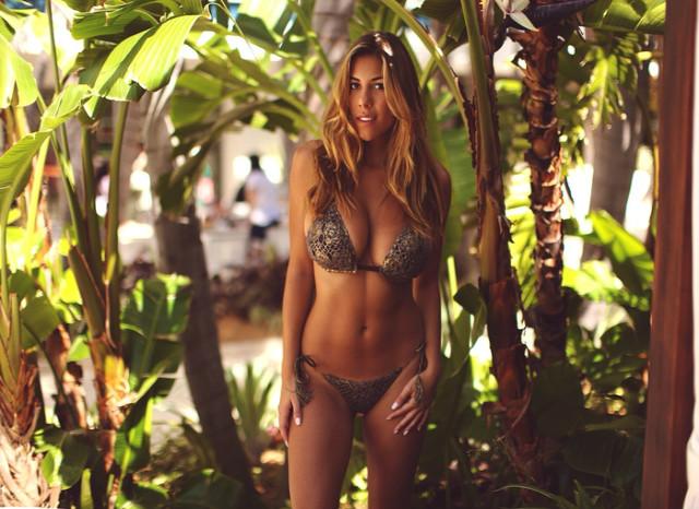 Miss bikini negozi final, sorry