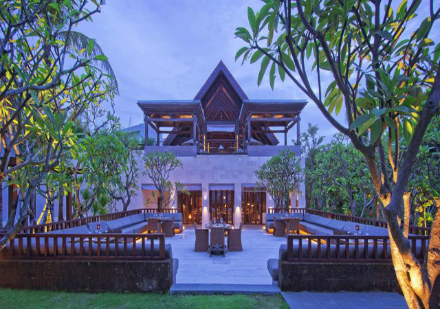 Sanur Guide: Fairmont Sanur Beach Bali
