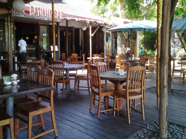 Sanur Guide: Cafe Batu Jimbar