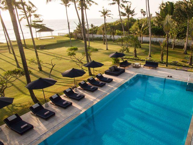 Luxury villa in Canggu: Semara Beach House