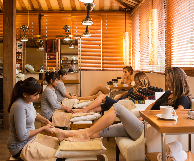 Nail salons in bali mani pedi foot massages for A spot nail salon