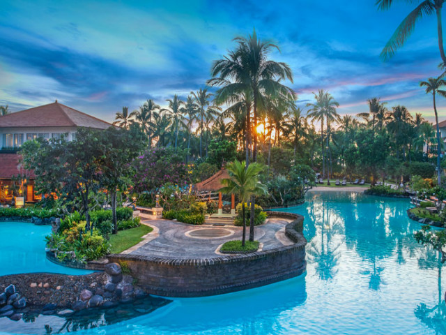 Nusa Dua Guide: The Laguna Resort