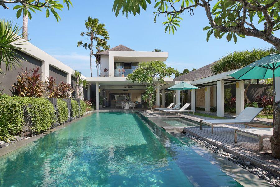Luxury villa in Seminyak: Peppers