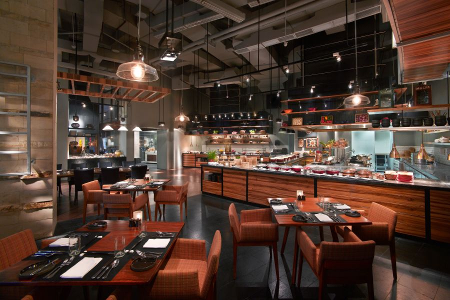 Kwee Zeen has endless buffets and Pan Asian dishes you'll love