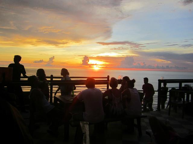 Instagram worthy places in Bali: Single Fin