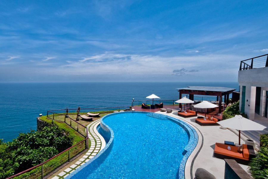 Villa deal in Bali: The edge