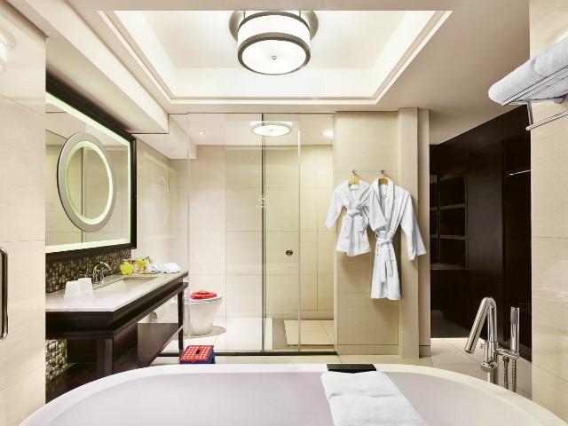 Family Hotels in Bali: Sheraton Bali Kuta Resort