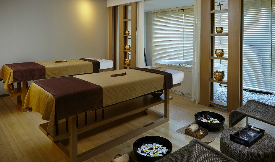 The spa facilities include a couple's treatment room