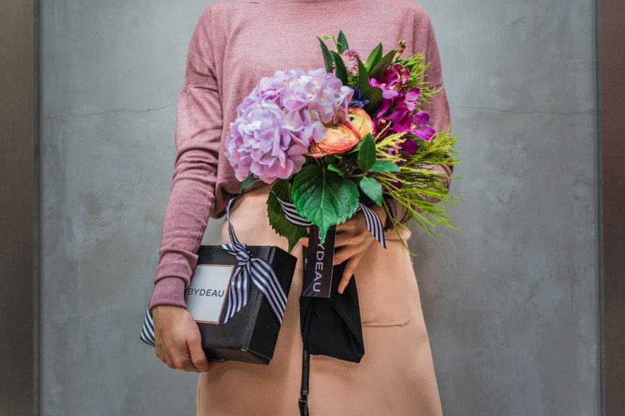 Gift ideas in Hong Kong: Online shopping platform Bydeau curates gifts for men and women and also offers flower delivery and gift cards